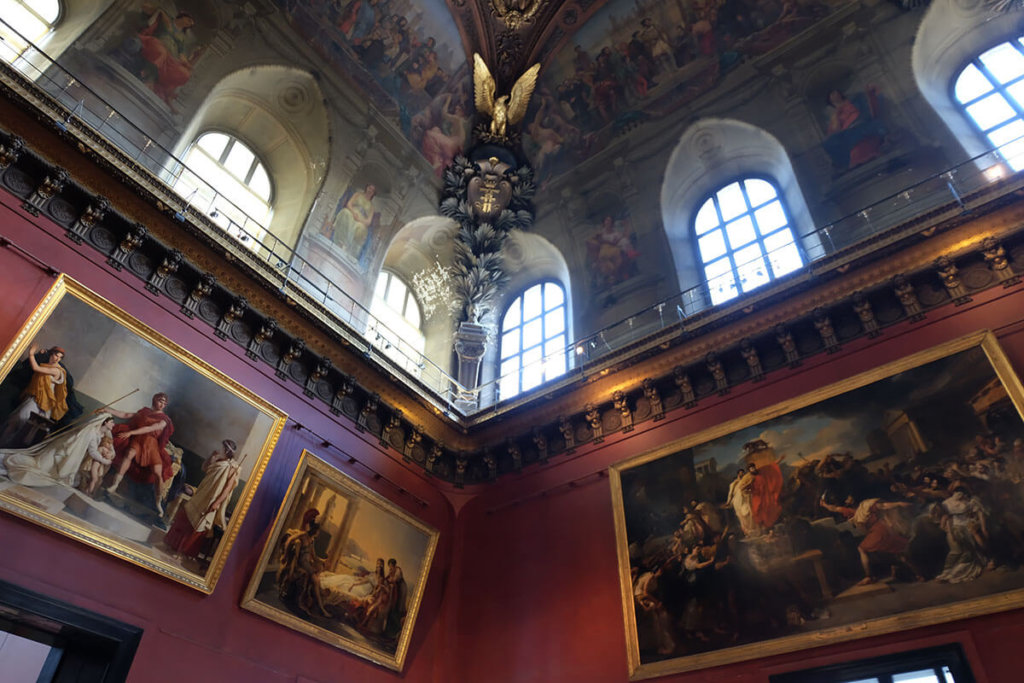 masterpieces of art in the lobby of the Louvre, Paris